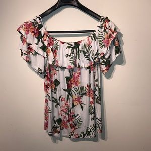 2/$10 Plus size off the shoulder top